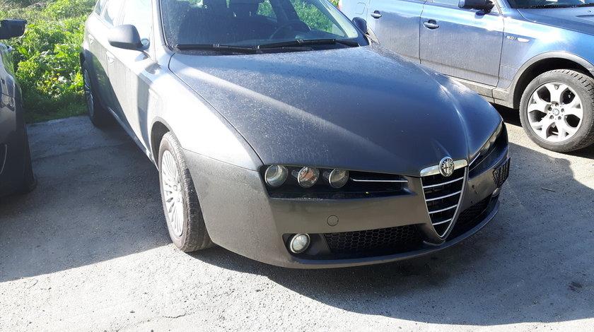 Dezmembrez Alfa Romeo 159 sportwagon 2.2i JTS Twin Phaser 2008
