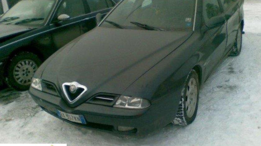 Dezmembrez Alfa Romeo 166 2 4jtd An 2000