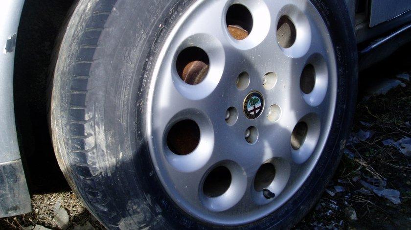 Dezmembrez Alfa Romeo 166
