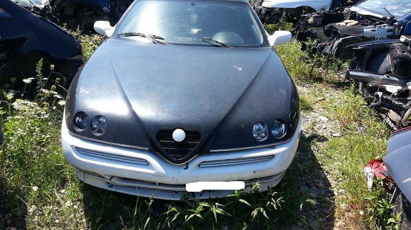 Dezmembrez Alfa Romeo GTV Twin Spark motor 1 8 i din 1999