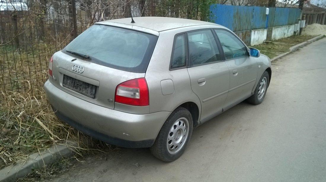 Dezmembrez Audi A3 4 usi, 2003 , 1,6 benzina