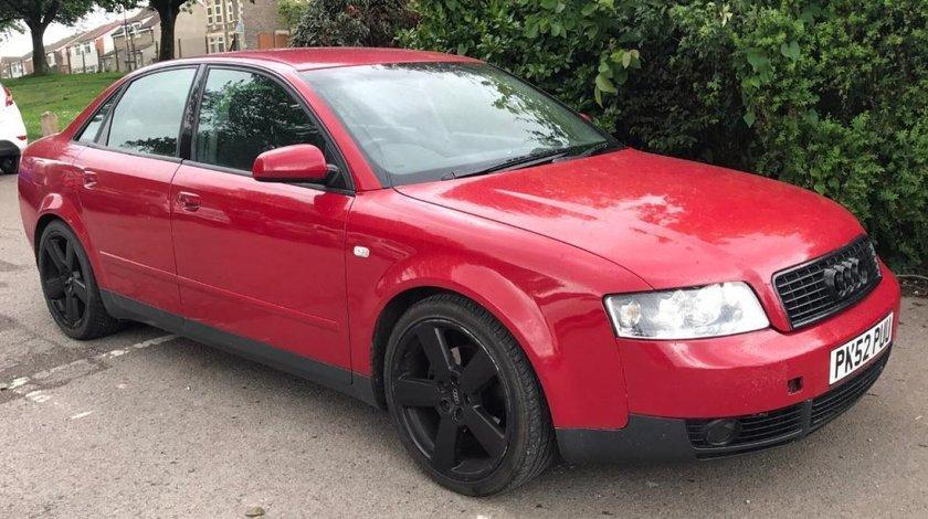 Dezmembrez Audi A4 2.0 ALT 2002