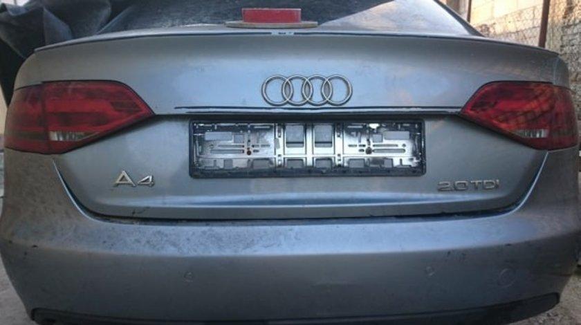 Dezmembrez Audi A4 2,0 TDI cod motor CAGA 143Cp