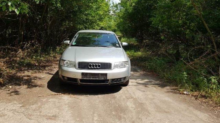 Dezmembrez Audi A4 2.4i
