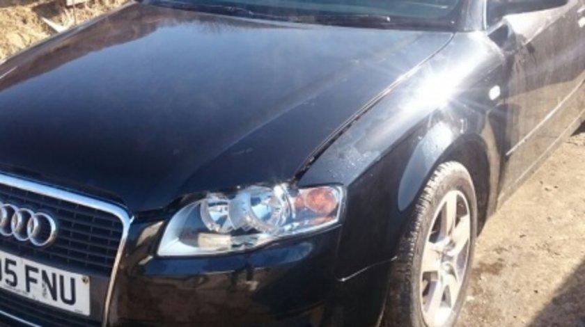 Dezmembrez Audi A4 2005