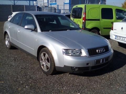 Dezmembrez Audi  A4 ,an 2003