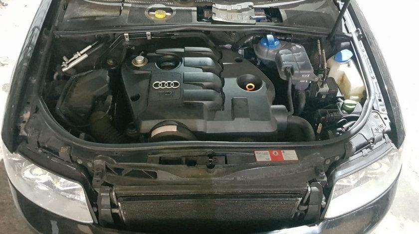 Dezmembrez Audi A4 B6 1.9 TDi 101 cai motor AVB din 2002