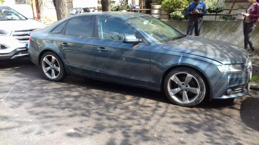 Dezmembrez Audi A4(B8) NFL, an fabr. 2009, 2.0 TFSI, Sedan