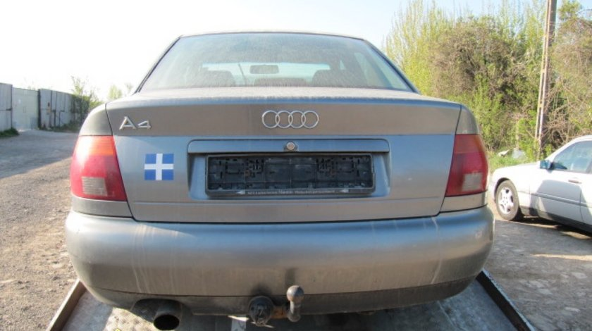Dezmembrez Audi A4
