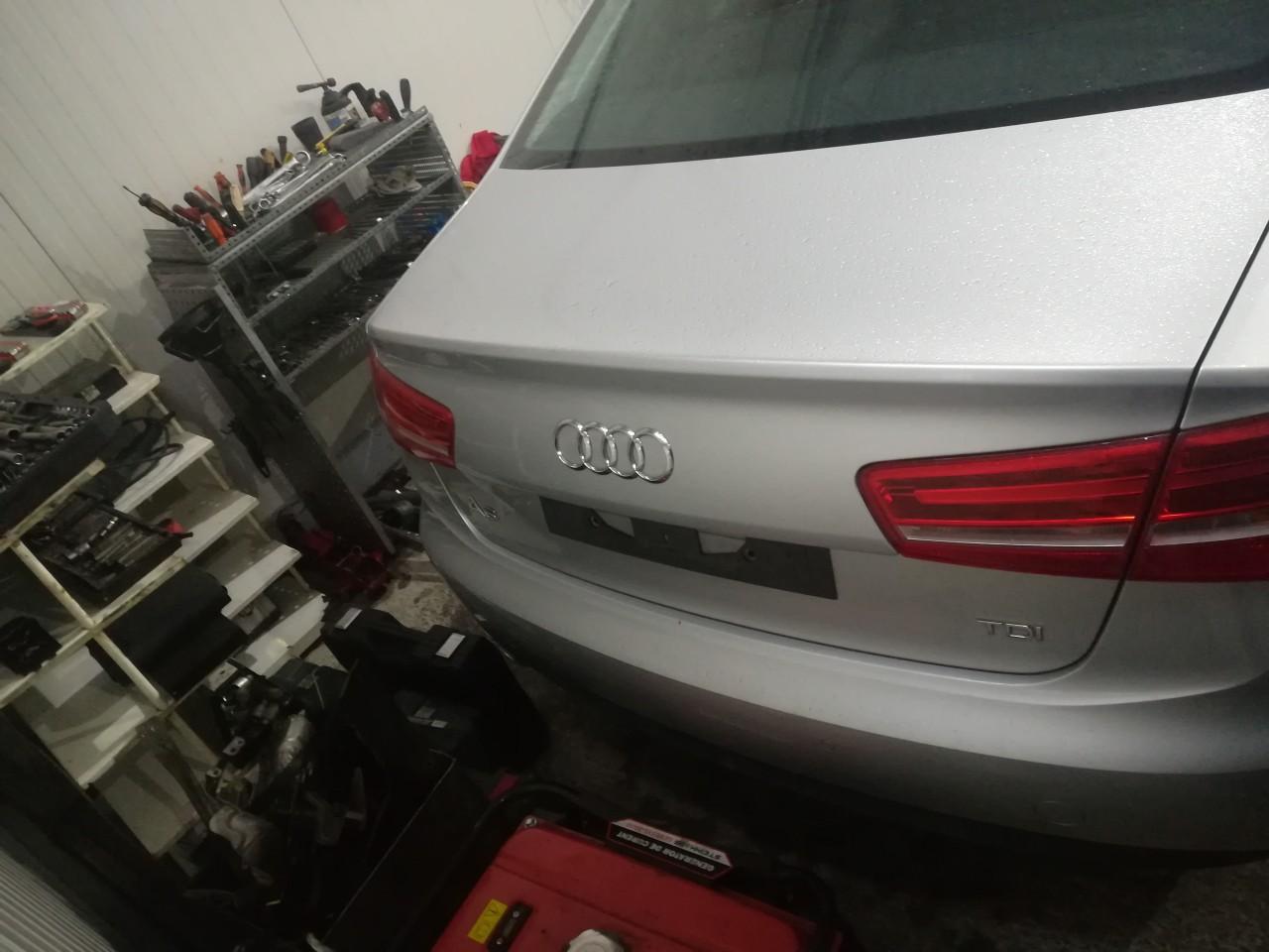 Dezmembrez Audi A6 4G C7 2.0 TDI 130kw motor CGL CGLC 2012 2013 2014 2015