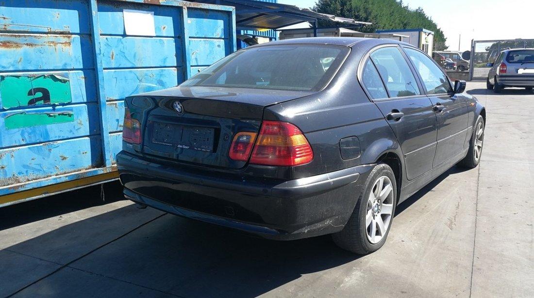 Dezmembrez BMW 320d E46 an 2003 tip motor 204D4