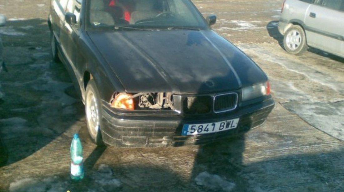 DEZMEMBREZ BMW 325I AN 1993