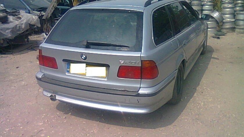 Dezmembrez BMW 520i E39