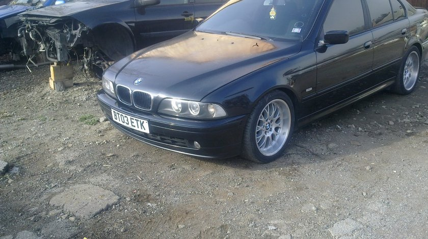 Dezmembrez bmw e 39 525 d facelift model 2003
