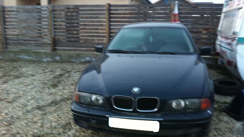 DEZMEMBREZ BMW E 39 525 TDS AN 1999 5 TREPTE MANUAL