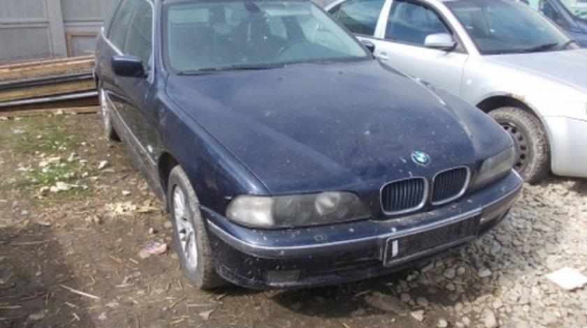 Dezmembrez BMW E 39 ,an 2000