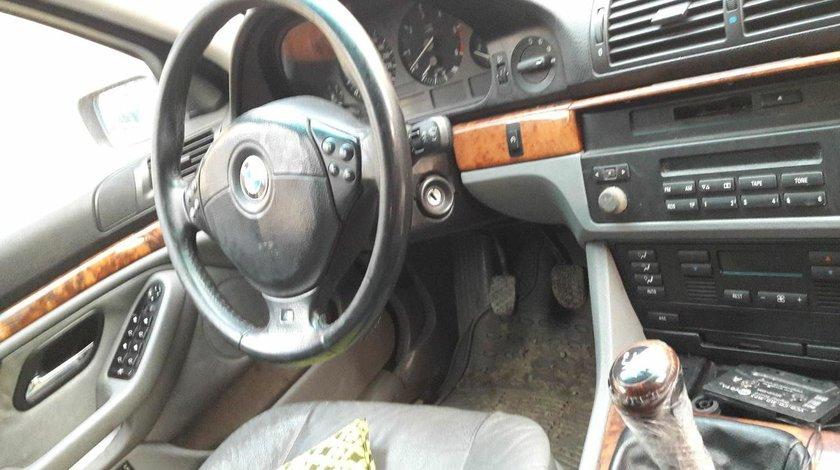 DEZMEMBREZ BMW E39 520 B20