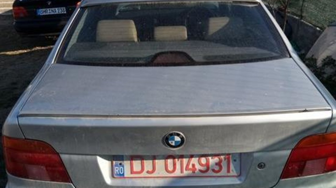DEZMEMBREZ BMW E39 DIN 2000