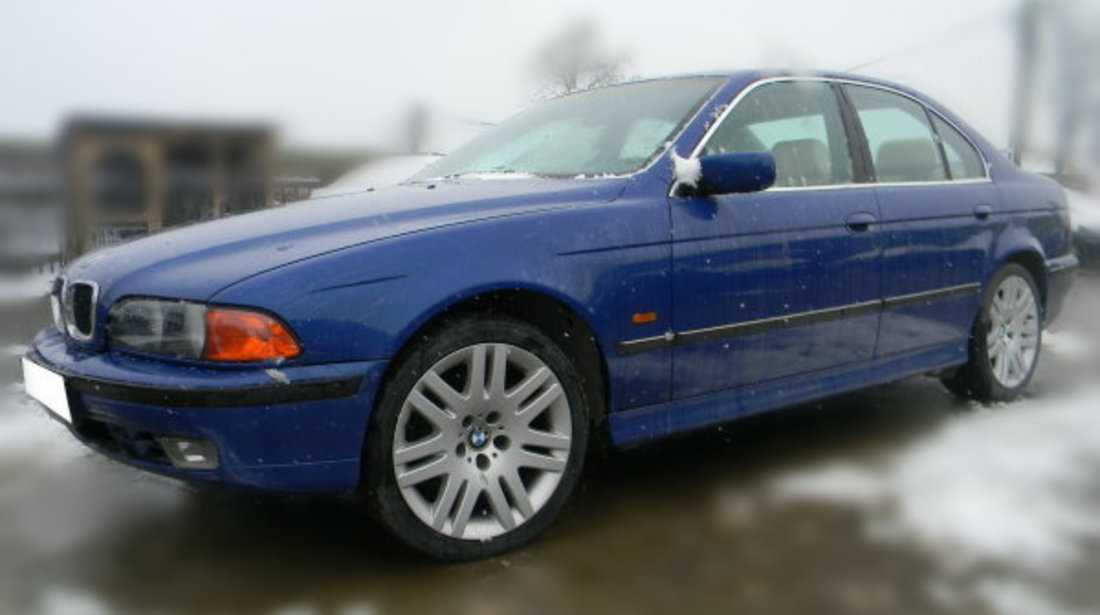 Dezmembrez BMW E39 sedan 520i an 1996