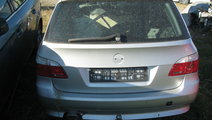 Dezmembrez BMW E61 520D 2009