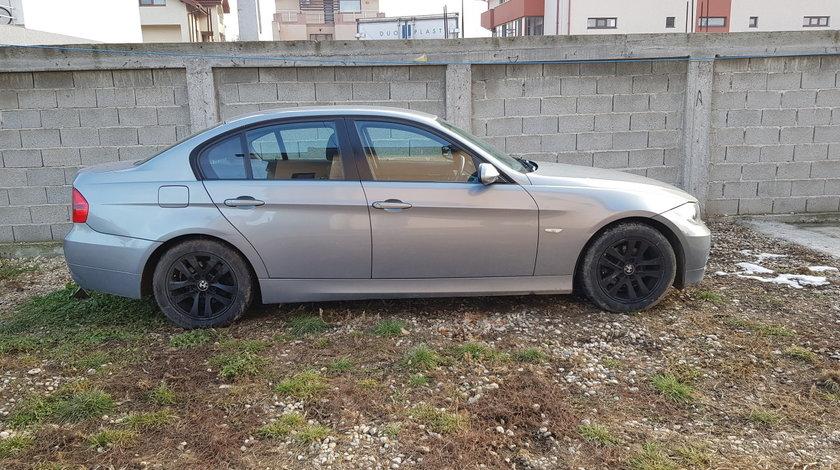 Dezmembrez BMW E90 320i manual automat