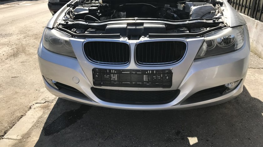 Dezmembrez Bmw e90 Benzina Lci (Facelift) Culoare - Titansilber Metallic - 354
