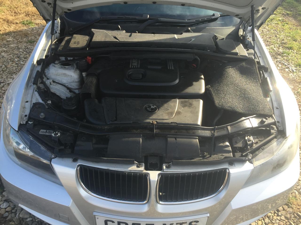 dezmembrez bmw e90 e91 320d 163 cp m power bara far capota usa  motor turbina injectoare airbag