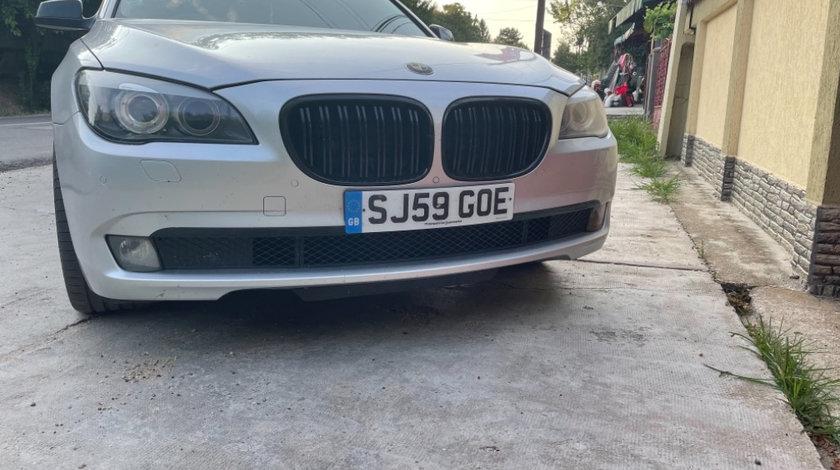 Dezmembrez BMW F01 seria 7 3.0 245cp berlina