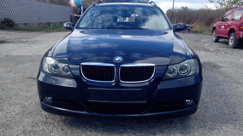 Dezmembrez BMW Seria 3 E90, E91 320d, an 2005, motor 2.0, combi
