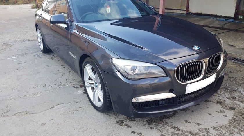 Dezmembrez BMW seria 7 F01 740d N57D30B 306 cai pachet M SOPHISTOGRAU METALLI (A90)
