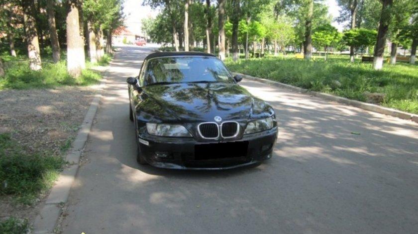 Dezmembrez BMW Z3