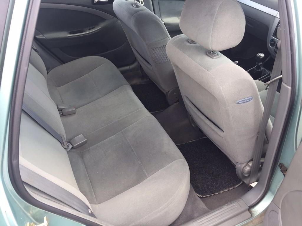 Dezmembrez Chevrolet Lacetti 1.6 Benzina an 2006 cutie viteze manuala