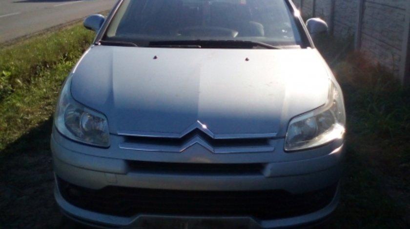Dezmembrez Citroen C4 ,an 2006