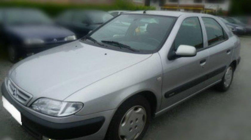 Dezmembrez Citroen Xsara 1 9TD si 2 0 HDI hatchback an 1999