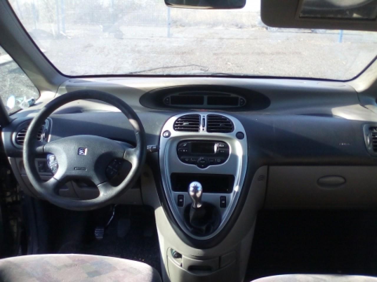 Dezmembrez Citroen Xsara Picasso, an 2000, motorizare 1.8 16V