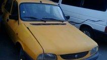 Dezmembrez Dacia motor 1400 pe injectie