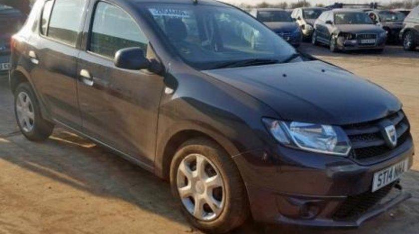 Dezmembrez Dacia Sandero 1.5 dci