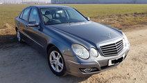 Dezmembrez dezmembram piese auto Mercedes E280 W21...
