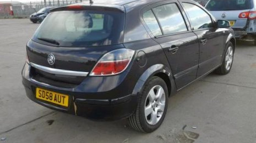 Dezmembrez / Dezmembrari Opel Astra H 1.4 benz