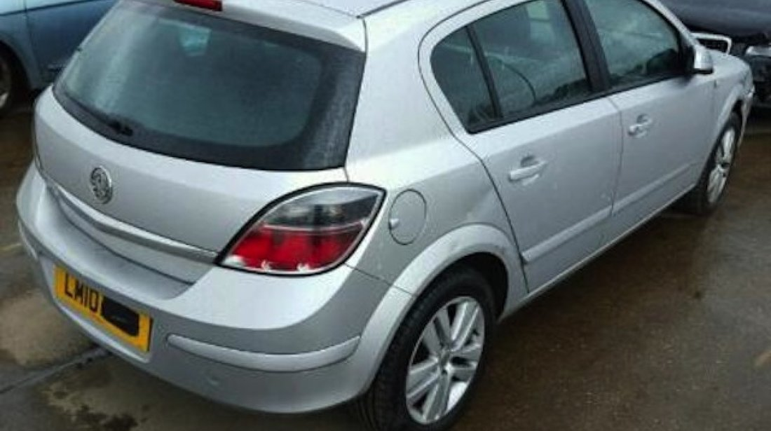 Dezmembrez / Dezmembrari Opel Astra H 1.4benz