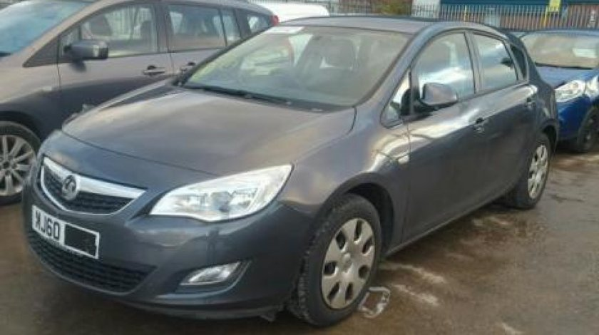 Dezmembrez / Dezmembrari Opel Astra J, 1.6benz