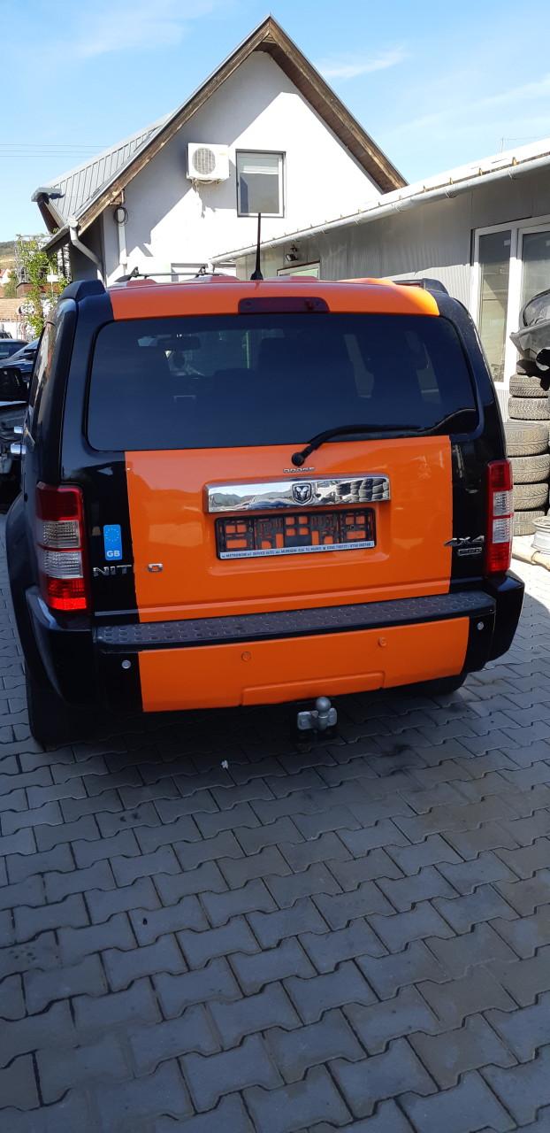 Dezmembrez Dodge Nitro, 2.8 diesel, an 2008