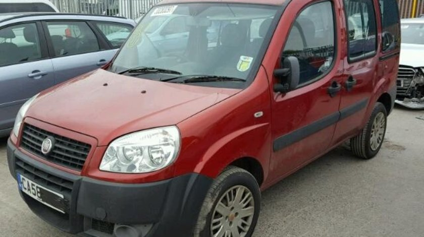 Dezmembrez Fiat Doblo 1.3m jet 2009