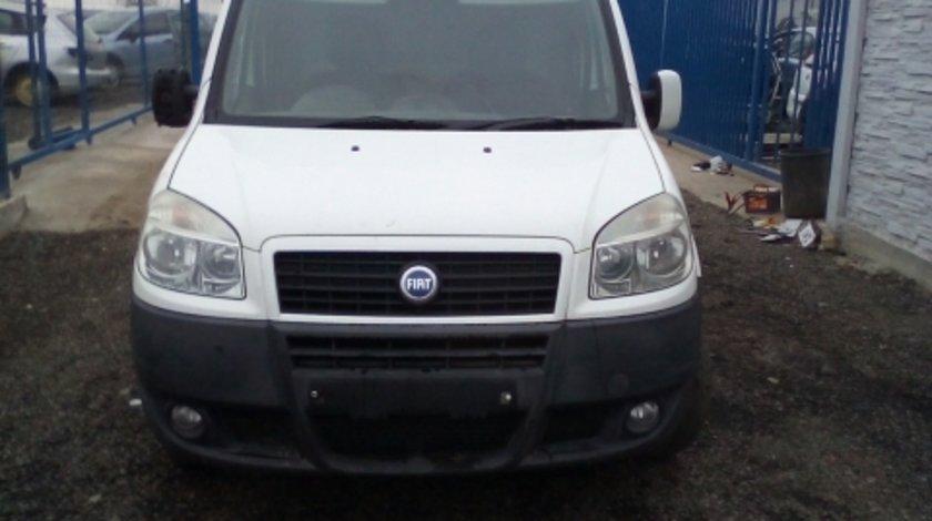 Dezmembrez Fiat Doblo ,an 2007