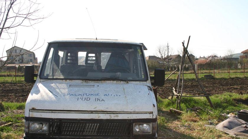 Dezmembrez fiat ducato 2.5 diesel, 55 kw, 304438km, an 1986-1994