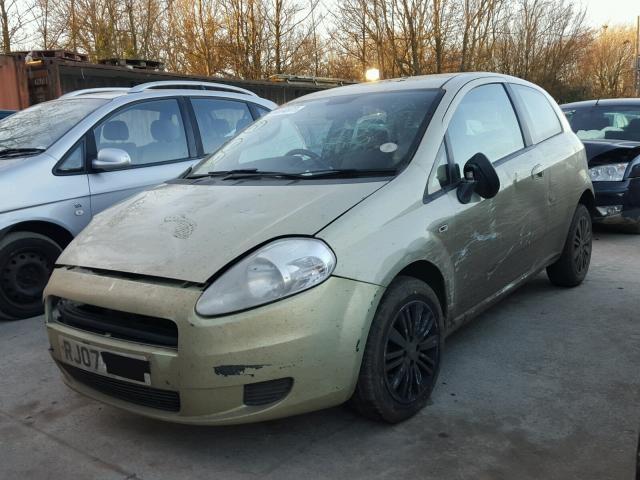 Dezmembrez Fiat Grande Punto 1.2benzina