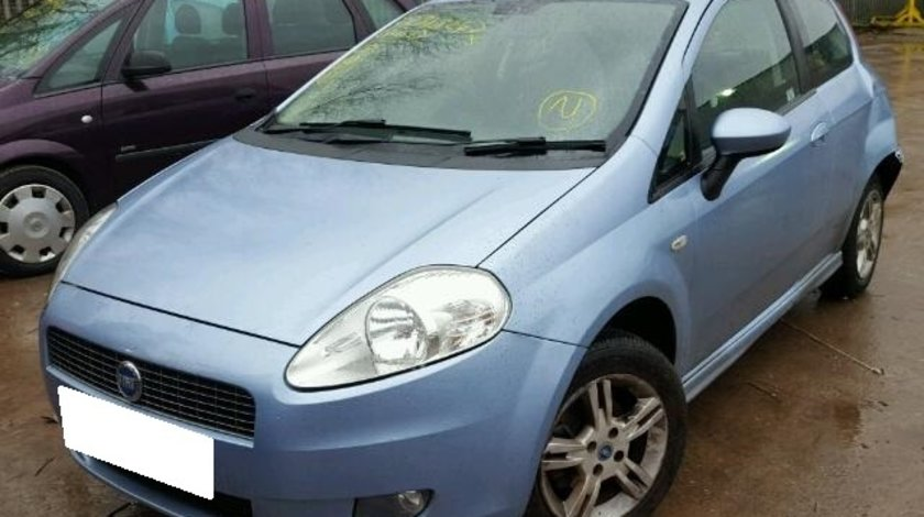 Dezmembrez Fiat Grande Punto an fabr. 2007, 1.4i 8V