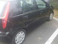 Dezmembrez Fiat Punto 1.2 an 2001 motor 1.2 benzina