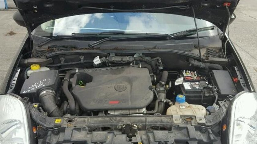 Dezmembrez Fiat Punto 2006, 1.4b