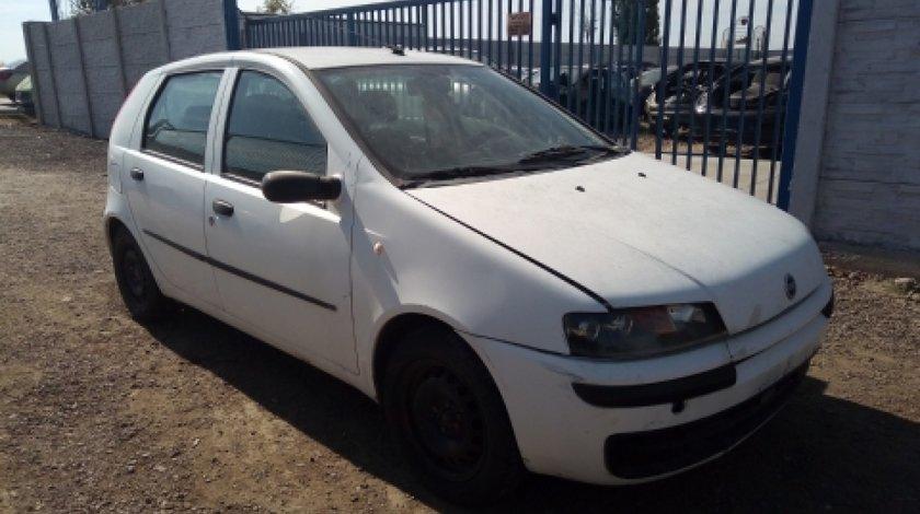 Dezmembrez Fiat Punto, an 2001, motorizare 1.2 16V